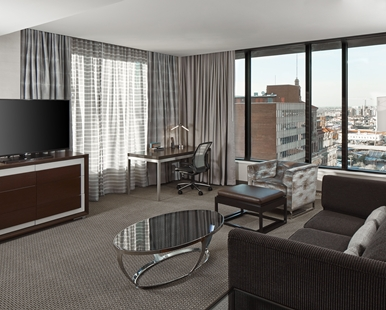 after an extensive renovation the hotel was opened in december of 2015 and renamed hilton garden inn phoenix downtown - Hilton Garden Inn Phoenix Downtown